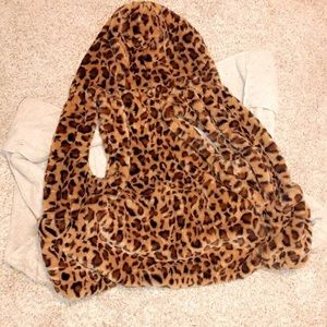 Love Tree hooded cheetah print faux fur vest